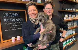 Bay Area Cannasseur: Couple open holistic health store in SF for pets