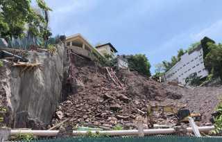 Finger-pointing begins after hillside collapse in Puerto Vallarta